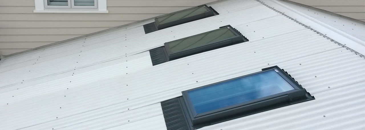 Flashings for velux skylights and roof windows for Velux cladding kit